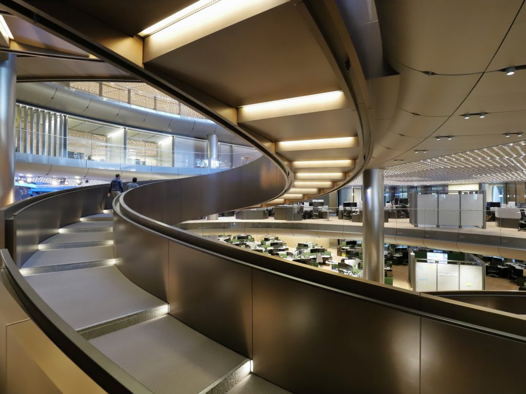 HYPOTROCHOID RAMP BLOOMBERG HQ by Trevor Alexander